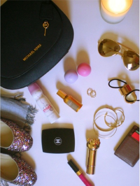 purse essentials lipstick glasses powder michael kors
