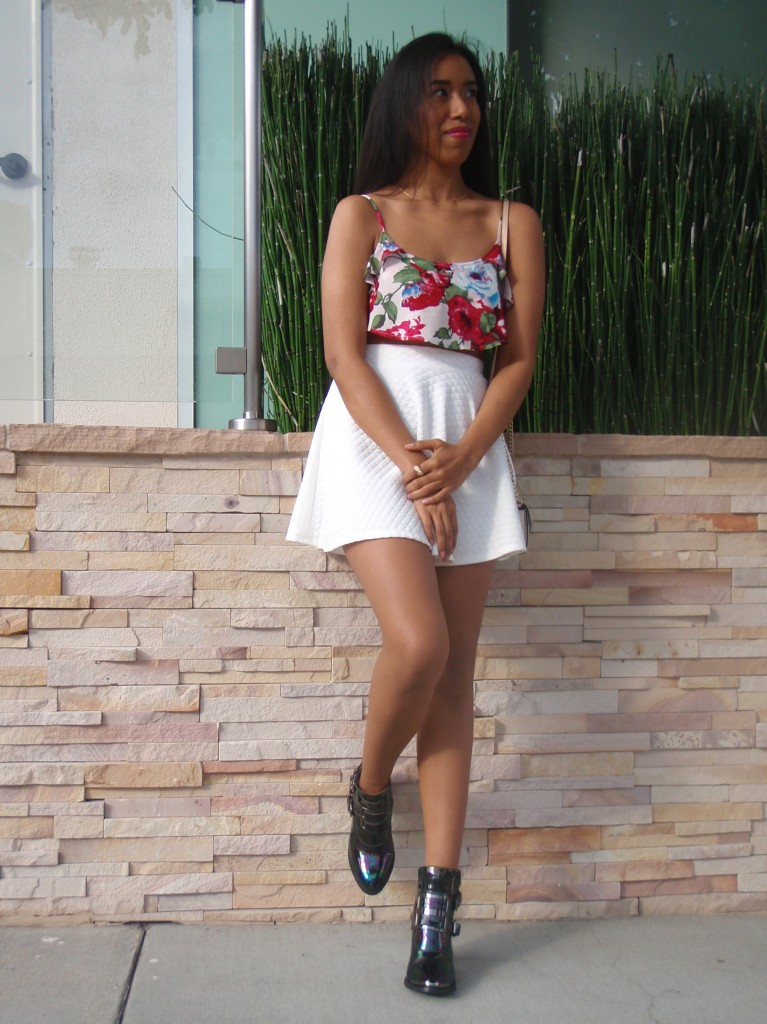 Forever 21 floral micro crop top outfit