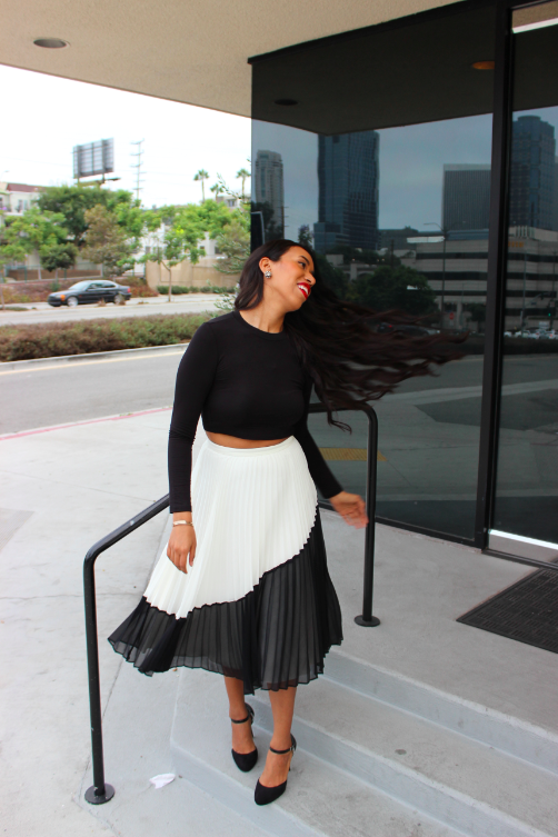 banana republic Pleated black and white Skirt blq basiq black crop top