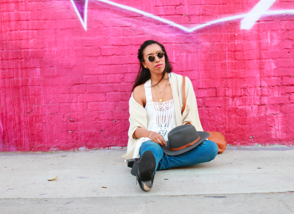 Urban Outfitters  High Rise Twig Jean Indigo Sunset Urban Renewal Ivory Remade Textured Cocoon Cardigan Bloomingdales Free People Ivory White Tunic - New World Jersey Horizons