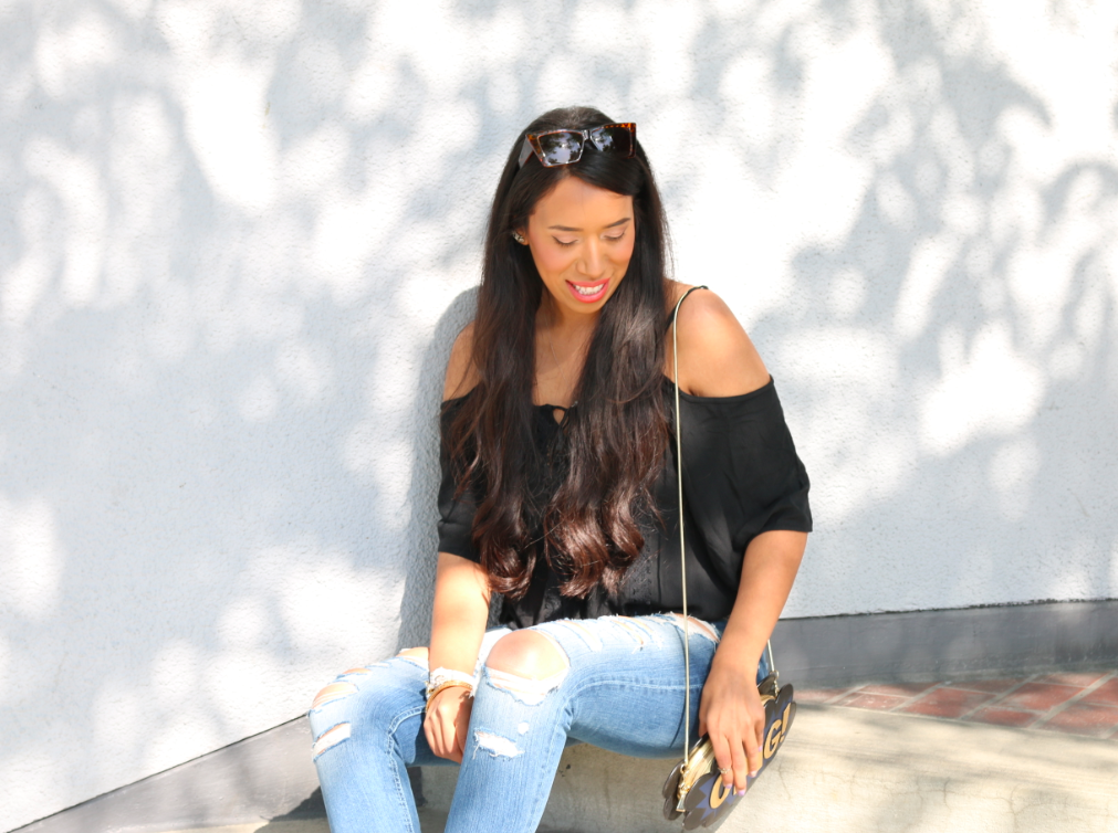 Casual at it's best - Ripped Jeans and a Black Top with Espadrilles